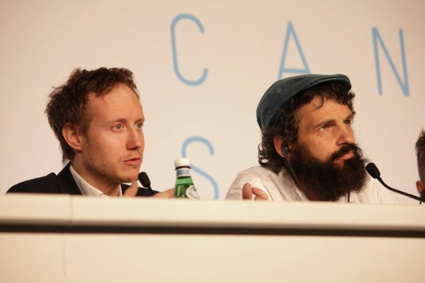 Nemes Jeles László rendező és Röhrig Géza, a film főszereplője a cannes-i sajtókonferencián