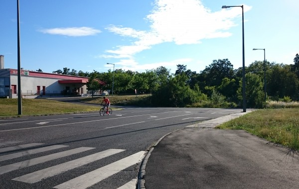Az új szakasz a Jutasi úti Spar áruháztól indulna a Pápai út felé