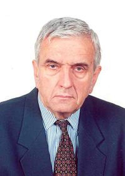 Dr. Mészáros Ernő: Az emberi tevékenység az energiatermeléssel mintegy megkétszerezte a légköri szén-dioxid mennyiségét