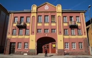 KONTRASZT – Elhagyott belvárosi épületek