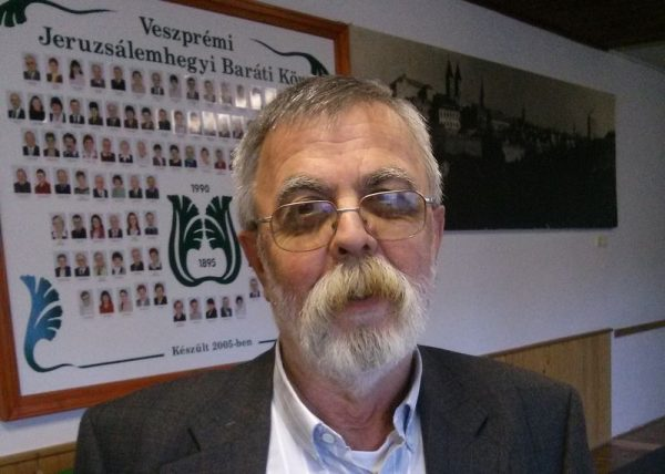 A jubileumi kiadványt Heiter Sándor, a kör elnöke mutatta be a sajtó képviselőinek
