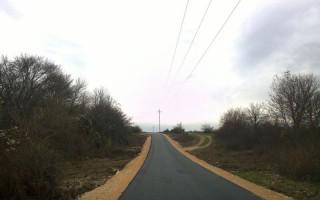 Kerékpárral a Művészetek Völgyéig