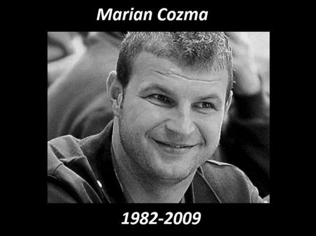 Halála után, február 10-én Marian Cozmát Veszprém város tiszteletbeli polgárává avatták, mezszámát, a 8-ast ünnepélyesen visszavonultatták, ezután már senki sem viselheti. A Román Kézilabda Szövetség is visszavonta Cozma 82-es mezszámát, amellyel a sportoló a román kézilabda-válogatottban játszott