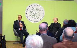 EURÓPA – Ahol az ateisták is keresztények