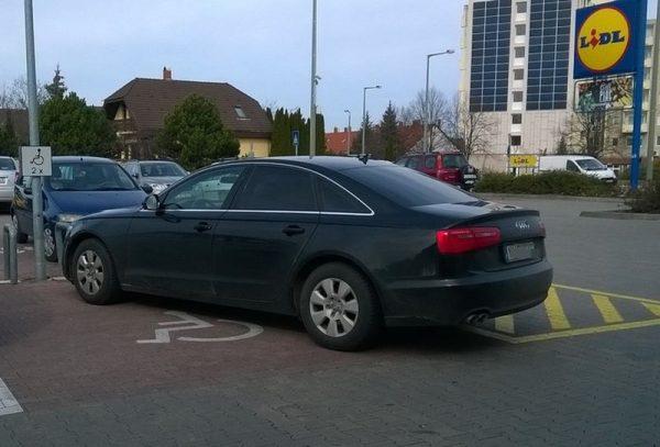 Audi volt katrtyaja de rokkant nem volt