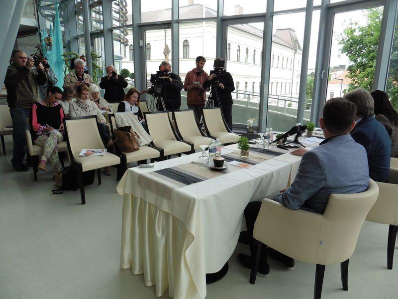 A Pannon Várszínház negyven előadással készül a nyárra. Fotók: a szerző