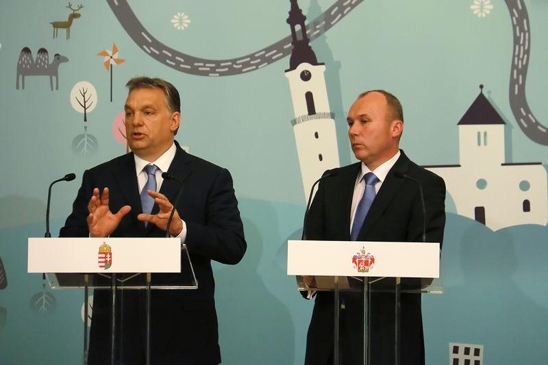 Orbán Viktor miniszterelnök és Porga Gyula polgármester. Fotó: Nagy Lajos