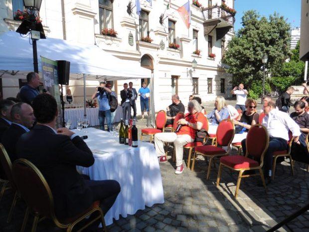 A sajtótájékoztató résztvevői. Fotó: a szerző