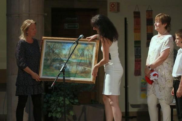 A tombola fődíja Bottyán Marianne budapesti festő alkotása volt. Fotók: Nagy Lajos