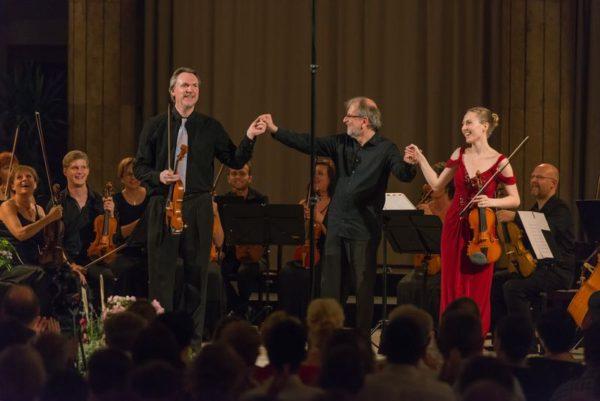 Pillanatfelvétel a tavalyi fesztiválról. Középen Kováts Péter. Fotók: Mendelssohn Kamarazenekar