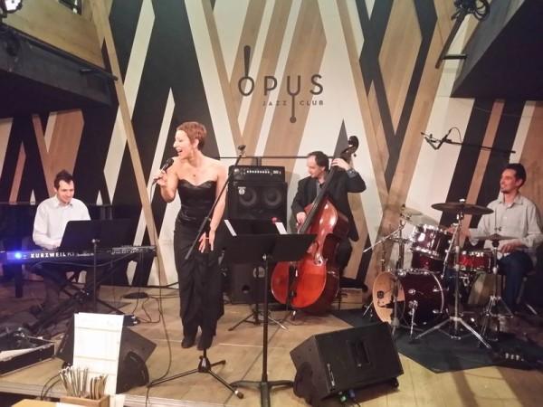 Több veszprémi zenekar is színpadra lép a Rozé, rizling és jazz napokon, köztük a Németh Kyra Smallchestra