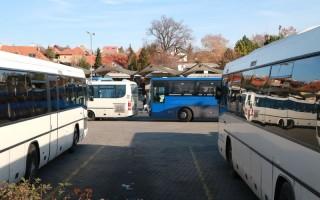 FÉLMILLIÁRD – Holtponton a közösségi közlekedés fejlesztése