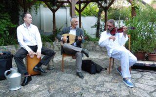 BŐSZE-SZALON – Magyar és balkáni örömzene