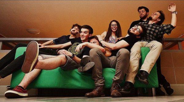 A The Crazy Rogues közel két és fél éve aktív, ír kocsmazenét játszanak