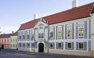 KIÁLLÍTÁS – Dubniczay 250.