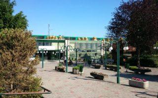 FELÚJÍTÁS – Fél évre bezár a Balaton Uszoda