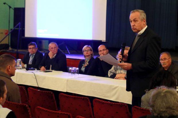 Kontrát Károly, Balatonfűzfő országgyűlési képviselője is a probléma mielőbbi megoldását szorgalmazza