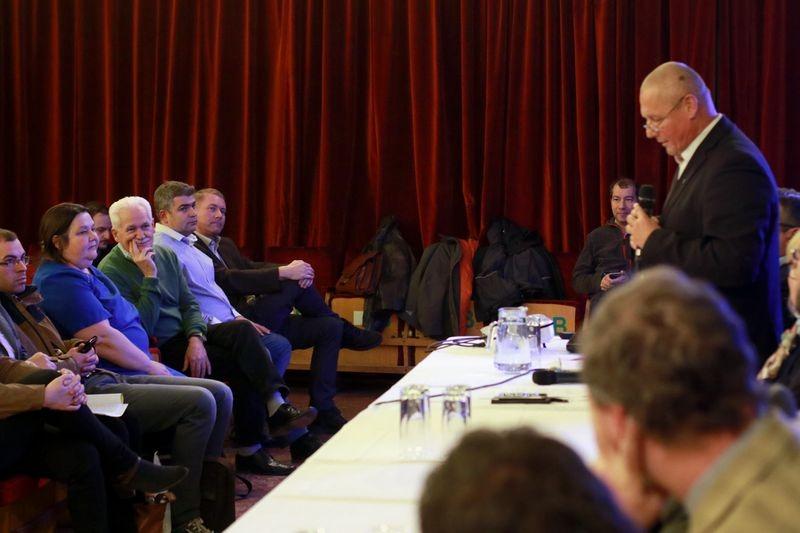 Marton Béla polgármester elmondta, az elmúlt 1,5–2 évben egyre több jelzést kapott a lakosoktól a szaghatás miatt. Fotók: Nagy Lajos