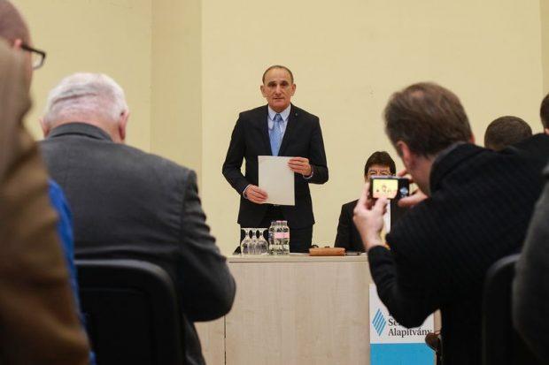 Gémesi György köszöntötte a konferencia résztvevőit