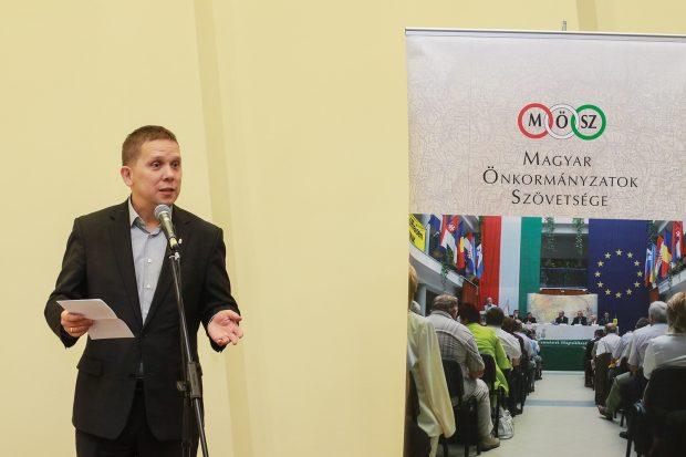 Kész Zoltán szerint a polgármesterek a legfontosabb partnerek a szükségszerű rendszerváltoztatásban