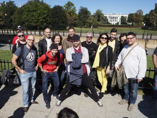 A Szentpéteri Csilla & Band októberben Wachingtonban lépett fel. A kép a Fehér Ház előtt készült. Fotó: Fülöp Csaba