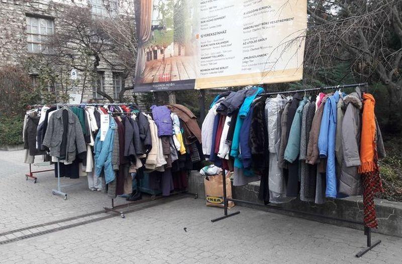 088fcd405b JÓTÉKONYSÁG – Sok a kabát Veszprémben is - Veszprém Kukac