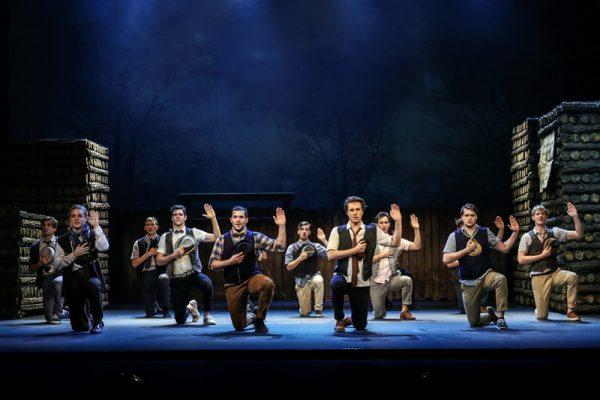 November eleje óta hatalmas sikerrel megy a Vígszínházban a musical. Fotó: Vígszínház