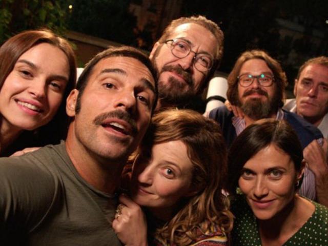 Hét barát, tele titkokkal. Fotó: filmkatalogus.hu