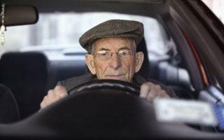 KORLÁTOZÁS – Veszélyesek az idős sofőrök?