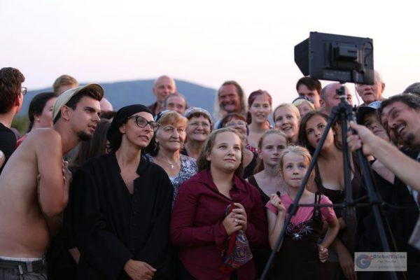 A film profi és amatőr szereplői közösségi összefogásban dolgoztak. Fotó: www.globalvision.hu/Ürmös István