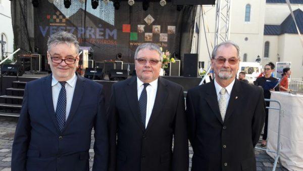 Az idei Gizella-díjasok (balról jobbra): Molnár Sándor, Puskás Péter és Weber János. Fotók: a szerző
