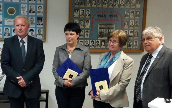 A képen balról jobbra: dr. Dávid Gyula, dr. Simó Erzsébet, dr. Antal Jolán és dr. Vándorfi Győző. Fotó: a szerző