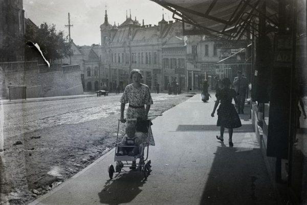 A Kossuth utca az 1930-as években