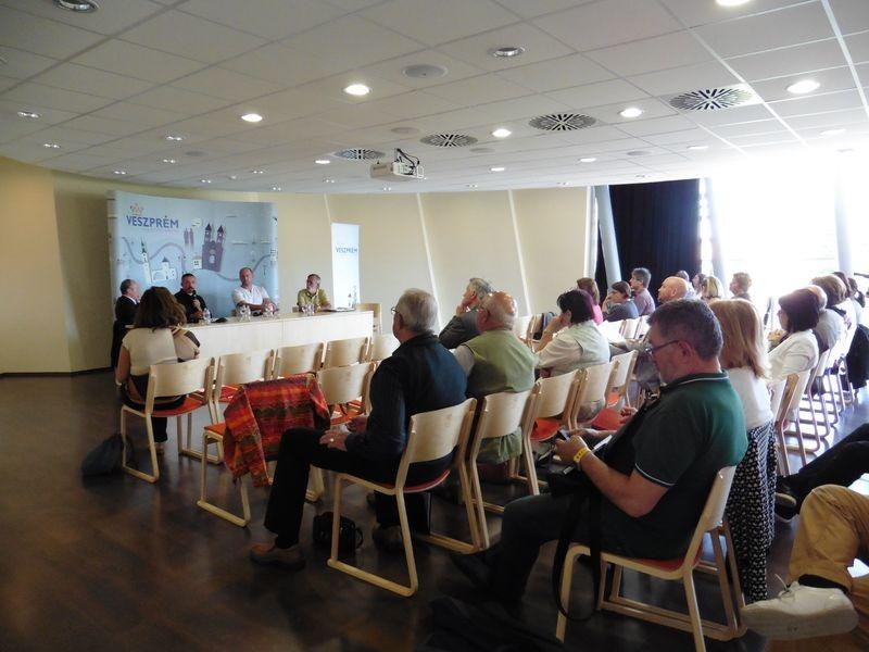 A minikonferencia résztvevői. Fotók: a szerző