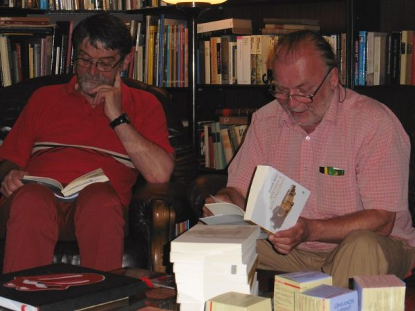 Brassai Zoltán irodalmár, a kérdező (balról) és Bozsik Péter író. Fotók: a szerző