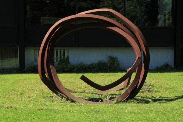 """Bottropban, Veszprém testvérvárosában, annak is a városi parkjában áll például ez a """"kukac"""". Fotó: Wikimedia Commons"""