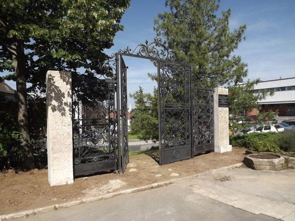 A holokauszt emlékmű. Fotó: katanics.hu