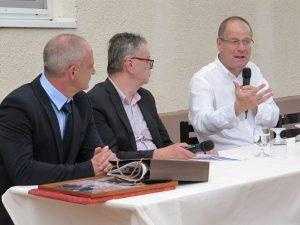 Dr. Navracsics Tibor beszél egykori tanáráról