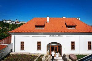 A felújított malom sörházként működik. Fotók: Historia Malomkert
