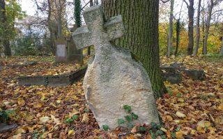 VASVILLA – Itt nyugszik Pista bá'
