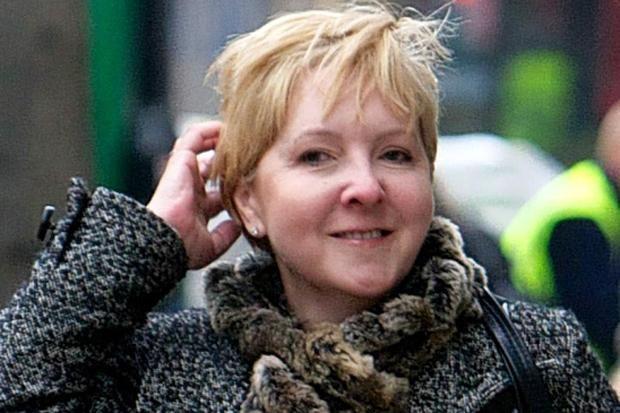 Kate Bleasdale-t zaklatták – milliomos lett