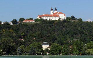 SZENZÁCIÓ – Tihany aranyérmes az európai virágosítási versenyen