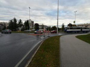A nagy körforgalomból már nem lehet a Budapest útra kanyarodni