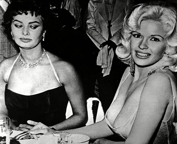 Sophia Loren és Jayne Mansfield legendás fotója