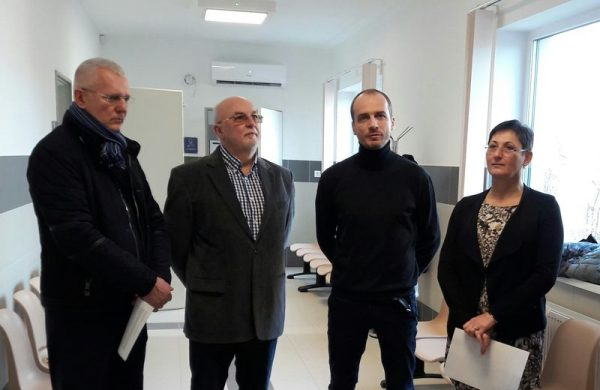 Cziráki Zsolt, dr. Sinka László, Lamos Péter és Brányi Mária az avatóünnepségen. Fotó: a szerző