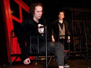 Szelle Dávid és Egyed Brigitta a próbán. Fotó: Pannon Várszínház