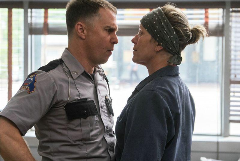 Sam Rockwell és Frances McDormand a film egyik jelenetében