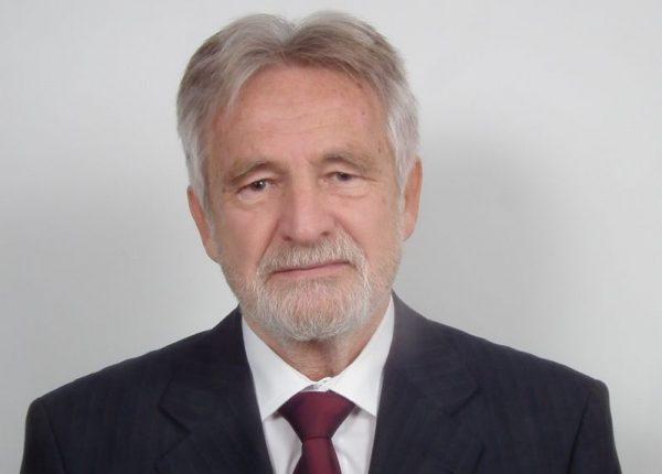 Dr. Meződi János, a Momentum Mozgalom képviselőjelöltje