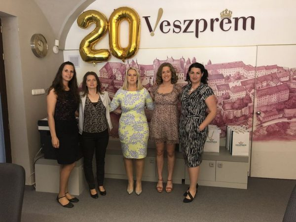 Az iroda dolgozói. Fotó: Tourinform Veszprém