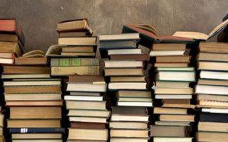 A KÖLTÉSZET NAPJA – Hozz egy verset, kapsz egy könyvet!